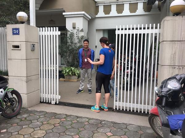 sửa cửa cổng